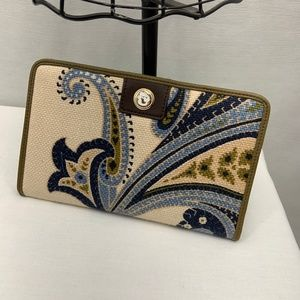 LIKE NEW! Spartina 449 Magnetic Snap BiFold Wallet